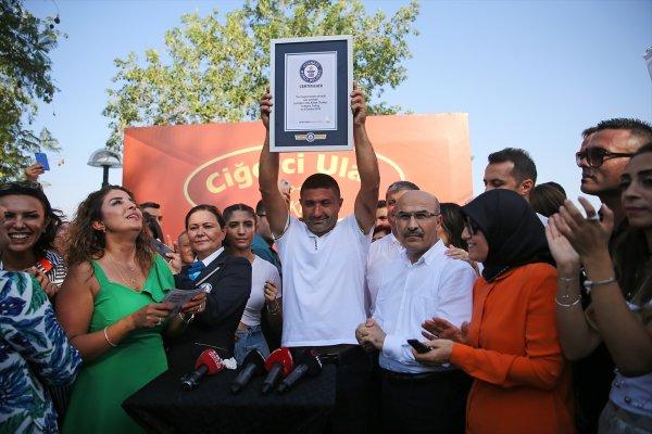 Adana da tek şişte et pişirme rekoru #2