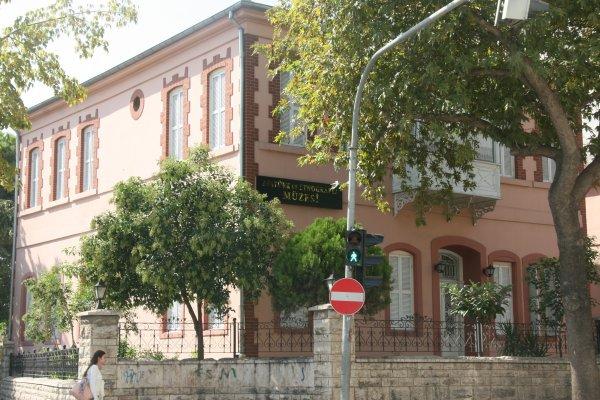 Atatürk ün evine yoğun ilgi #5