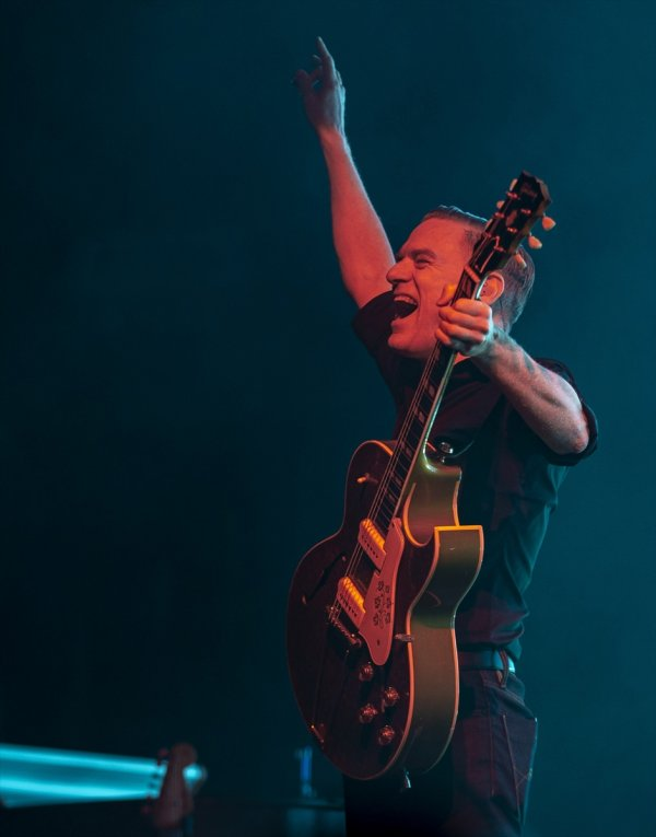 Bryan Adams, İstanbul da müzikseverlerle buluştu #3