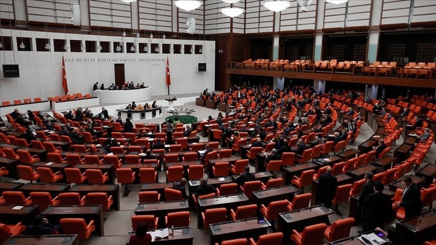 Ekonomiye ilişkin düzenlemeler içeren torba kanun teklifi Meclisten...