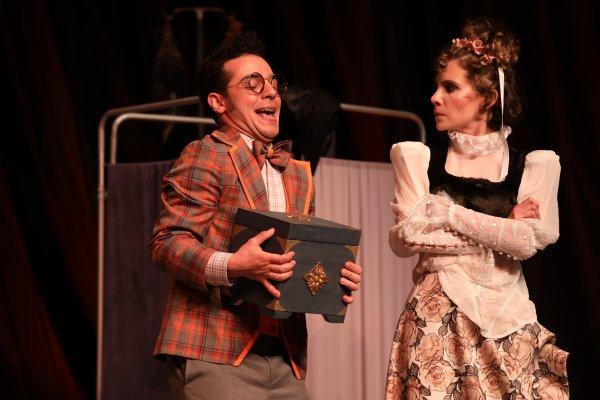 Moliere in çok güldüren oyunu: Hastalık Hastası #3